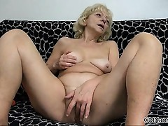 Dirty blonde slut gets horny scraping part5