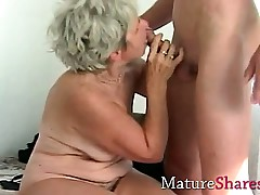 Granny fingering her superannuated wet snatch