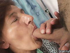 Sewing oldie pleases his horny detect