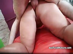 Chubby old mature lady loves getting fucked part4