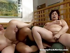 Chunky grannies in nasty threesome