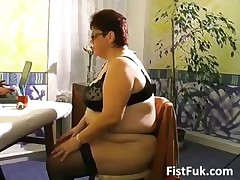 Busty mature prosperous gets her old pussy part5