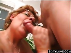 Blowjob chiefly knees with mature cosset