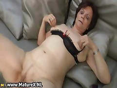 Mature housewife in sexy stockings part6