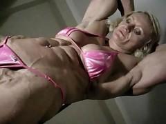 Brigita chest flex