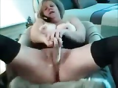 Mature Mom MILF Toying On Webcam