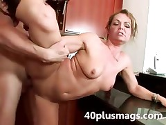 Piping hot wife hard fucked in say no to kitchen