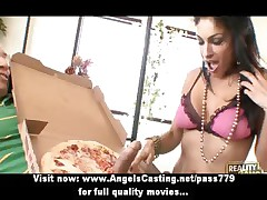 Amazing brunette milf does blowjob and rides flannel for pizza guy