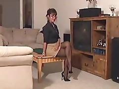 Mrs Suksum - Brunette Milf gets fucked be advisable for Real Estate!