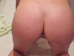 Curvy botheration wife creaming on cock