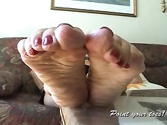 Amanda from Point Your Soles... Amazing adult feet...