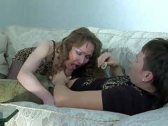 Leila and Rolf mature pantyhose operate