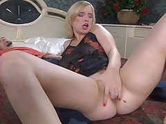 Susanna and Jerome anal maw in action