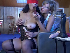 Kathleen and Nora pussyloving mature in action