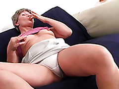 Mature Aunty MAGDOLNA Is Getting Her Old Snatch Pokes Almost Heavy Dildo
