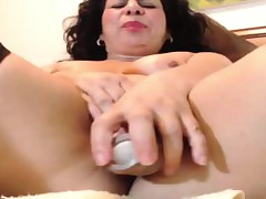 Mature Latina Is Horny For Will not hear of Dildo