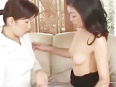 2 Mature Women Kissing Spitting Rubbing Tits On The Siamoise
