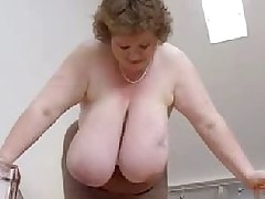 No Sound: Mature Bbw With Mammoth Tits