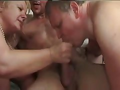 Bisexual Truss Market garden a Hot Threesome