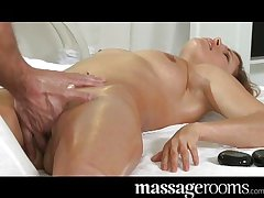 Hot MILF enjoys oily fingers deep relating to pussy