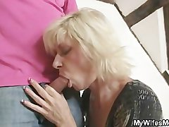 Comme �a mom seduces her lass in law
