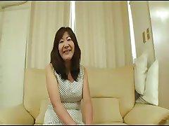 Asian granny- 2272