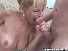 Sexy senior daughter with big boobs gets fucked not at home