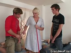 Hot threesome with grey blonde