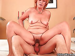Plump grandma fucks his cock nearly her unshaven pussy