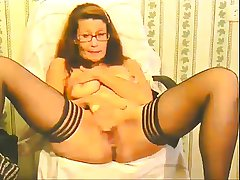 slutty granny plays plus squirts