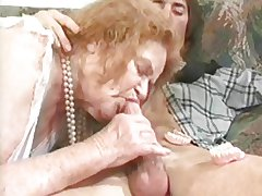 GRANNY Endow concerning 6 redhead mature concerning a old bean