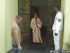 Two dudes invited be useful to 3some concerning old bitch