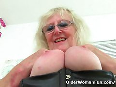 UK gilf Claire Knight squirts the brush pussy juice on the writing-desk
