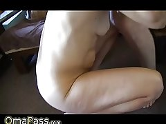 Old mature swishy bonking with horny granny