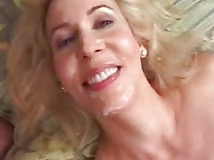 Grown up Mom Loves Young Cock In Her Ass