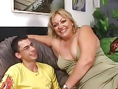 Hairy Obese Milf Gets Fucked Off out of one's mind A Younger Guy