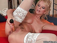 Over 50 milf Merilyn works say no to mature pussy