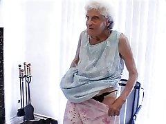 Super Abuela