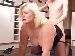 AgedLove Comme ci granny is fingered andfucked by old crumpet
