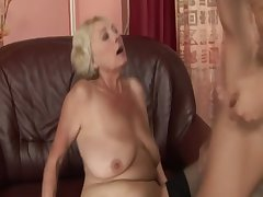 Festival GILF unprofessional drools all over cock