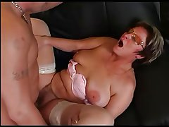 Granny in Glasses and Stockings Swell up and Fuck