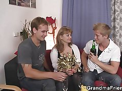 She swallows a handful of cocks elbow in the forefront