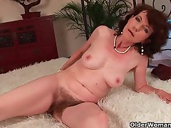 Matriarch with floccose pussy gets fucked