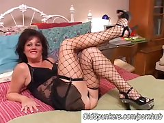 Crestfallen grey spunker encircling stockings Debella enjoys a facial cumshot