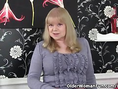 British granny fro big tits is a urgent masturbator