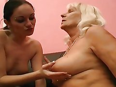 mature loves young pussy