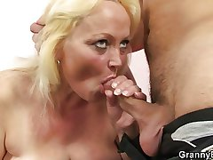 Superannuated blonde whore gets hammered