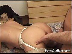 Mature laddie italian Granny sexy - Pecorina con nonna italiana