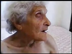 Uncompromisingly old granny still loves to be fucked