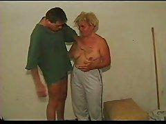 Granny Definitive clip R20